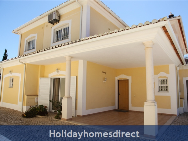 Casa G. With Sea Views, Private Pool And Gated Community.: Front of the Villa in a gated Condominium