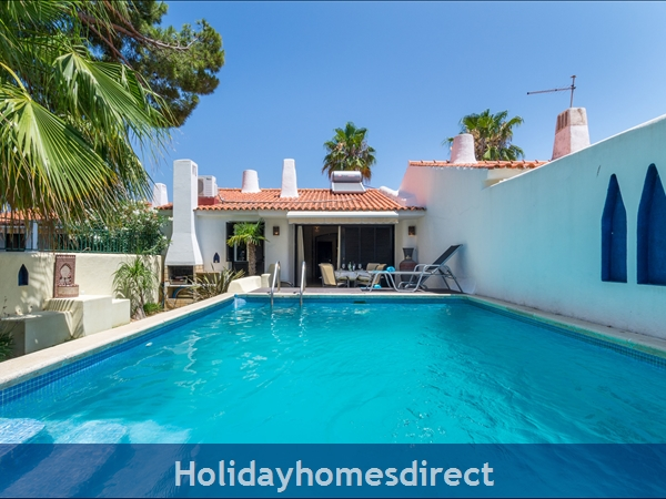 Casa Medina, Vilamoura. Stunning 2 Bedroom Townhouse With Private Pool: Image 2