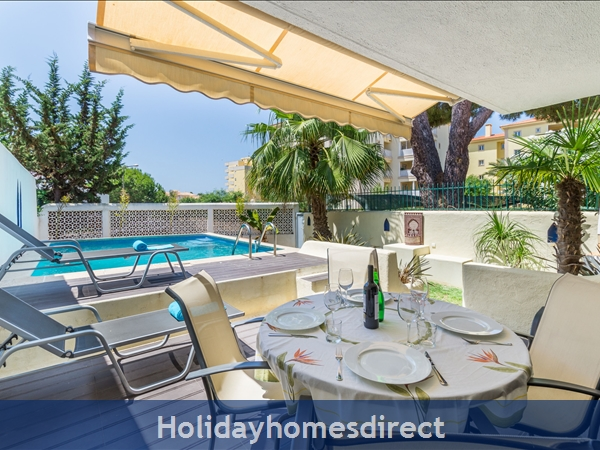 Casa Medina, Vilamoura. Stunning 2 bedroom townhouse with private pool