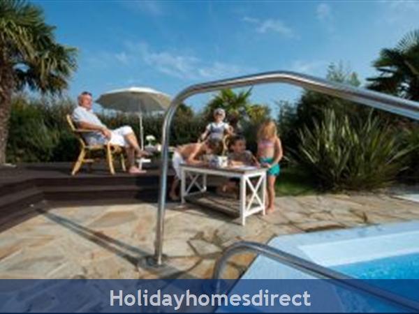 Villa Acacia, 3 Bedroom Villa With Private Pool: Image 3
