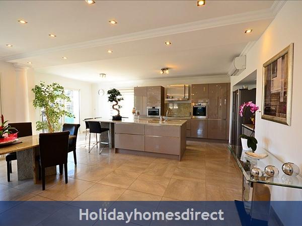 Villa Oceane, 4 Bedroom Villa With Private Pool: Kitchen