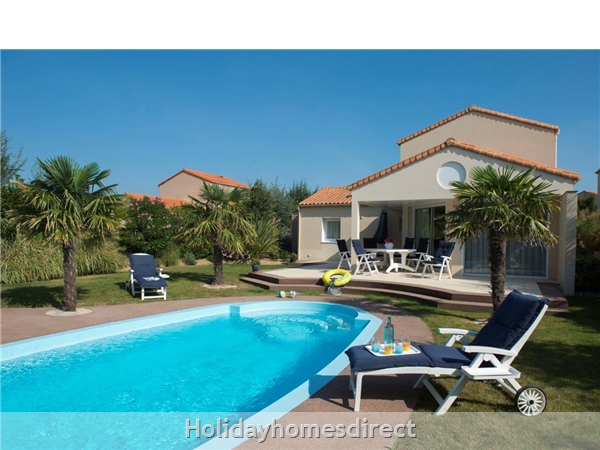 Villa Sophora 8p: Sophora 4 Bedroom Villa With Private Pool Image 2