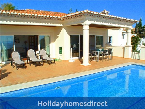 Villa Bonita. In Praia Da Luz. A Very Special House !: Villa Bonita