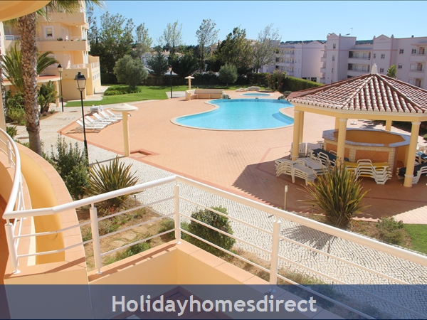 Vilas Das Acacias Apartment Bg - Praia Da Luz. Walk Everywhere Including The Beach !: Image 2