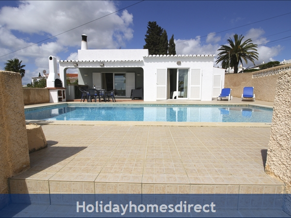 Villamar .. detached villa with sea views and private pool.