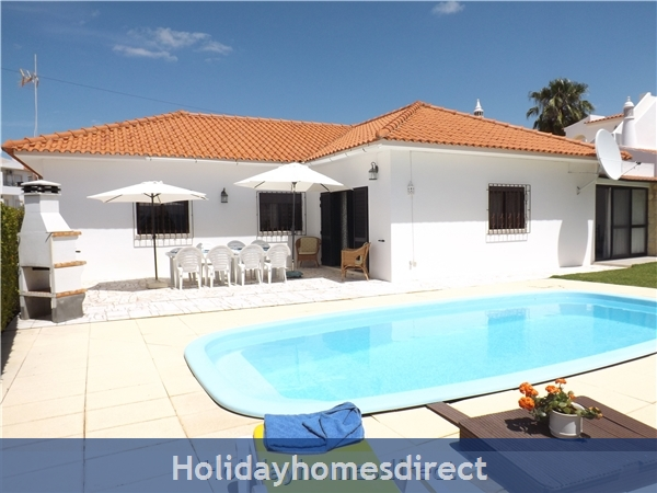 Villa Claramar With 4 Bedrooms, Ac, Private Pool Near Albufeira - Olhos D´agua - Walking Distance To Beach And Restaurants - 26248/al, Portugal
