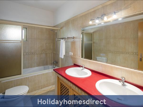 Casa Mestre Vilamoura. 3 Bedroom Villa With Private Pool: Image 8