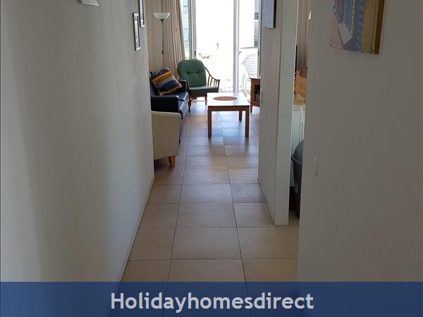 Coastal 3 Bedroom Apartment In Golden Club Resort Cabanas: Hallway