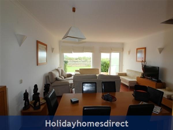 Seaview Townhouse In Golden Clube Resort Cabanas/tavira, Eastern Algarve.: Dining/Living Room