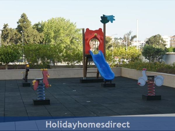 Apartment 211 Quinta Das Palmeiras: Apartments Algarve Rent playground