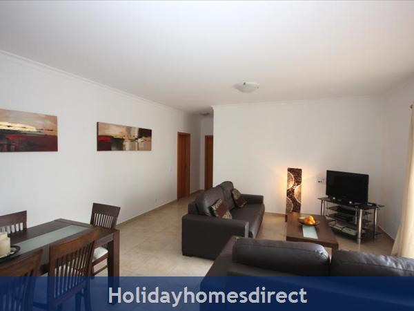 Apartment 211 Quinta Das Palmeiras: Apartments Algarve Rent Lounge