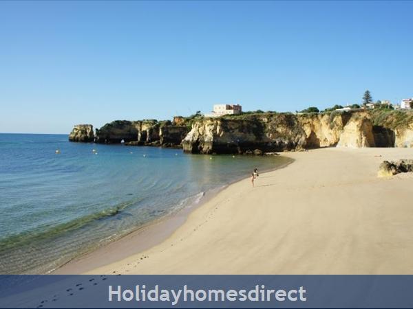 Apartment 211 Quinta Das Palmeiras: Apartments Algarve Rent Dona Ana Beach