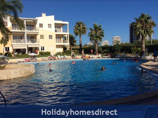 Vila Da Praia - Alvor: Vila da Praia Pool area Sunmmer