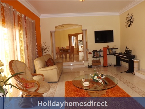 Villa Estrelamar - Vilamoura - W/4 Bedrooms, Ac, Wifi, Private Pool And Garden, Beach Nearby: Image 6