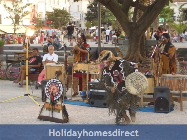 Club Albufiera Resort - Casa Sophie: Lots of entertainment in The Old Town
