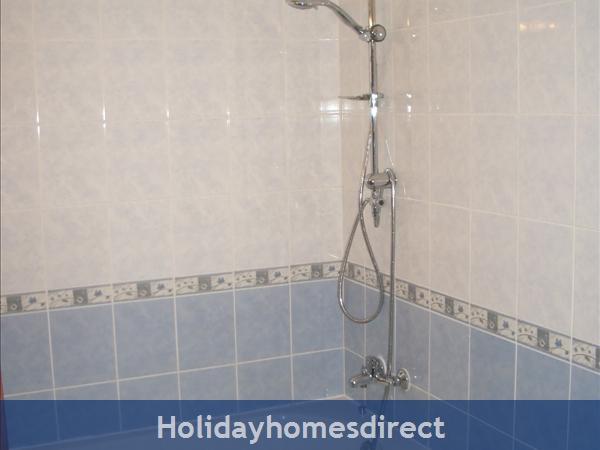 Club Albufiera Resort - Casa Sophie: Family bathroom