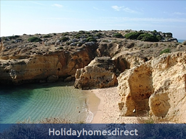 Apartment In Albufeira Duplex Apartment With Sea Views, Pool, Garage, 2 Mins From Beach.: Image 2
