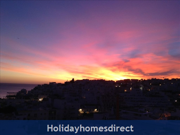 Apartment In Albufeira Duplex Apartment With Sea Views, Pool, Garage, 2 Mins From Beach.: Image 7