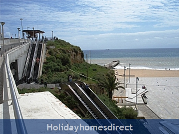 Apartment In Albufeira Duplex Apartment With Sea Views, Pool, Garage, 2 Mins From Beach.: Image 5