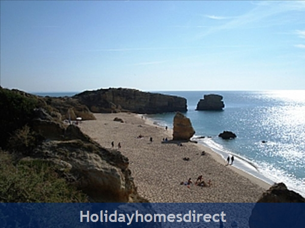 Apartment In Albufeira Duplex Apartment With Sea Views, Pool, Garage, 2 Mins From Beach.: Image 3