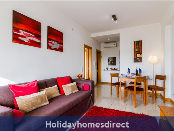 1 Bed Luxury Apartment,  Areias De Sao Joao,  Albufeira Free Wi-fi,: D26