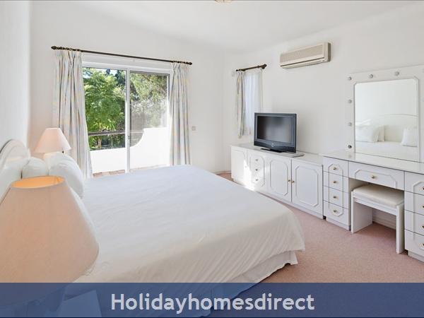 Villa Da Silva, Quinta Do Lago – 5 Bedroom Villa With Private Pool: Image 9