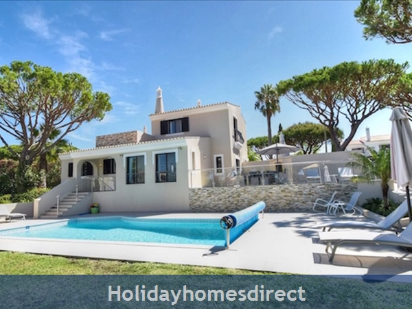 Villa Palmeira, Dunas Douradas. 3 bedroom villa with private pool