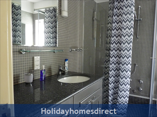 Villa Madrigal - By The Beach With Pool And Marina View: The first floor bathroom