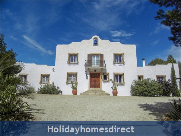 Large Mexican Hacienda - 6 Bedrooms - 14 Guest - Costa Dorada Targona 5 Minutes From The Beach: Front Facade