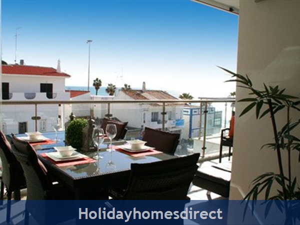 Sea-view Apartment Sereia 1 - Great Location By The Beach In Olhos D'agua: Image 4