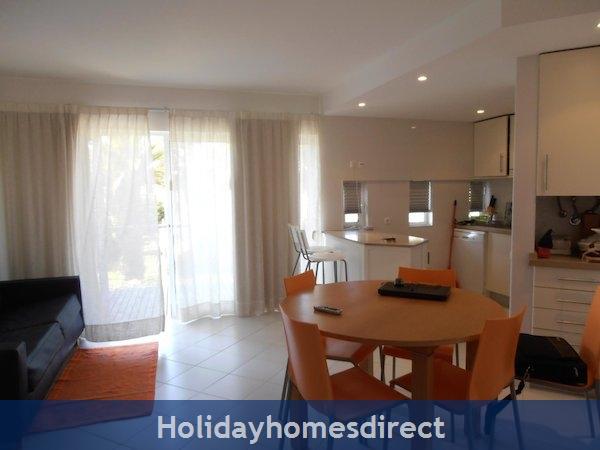 Holiday Apartment Cabanas Algarve Portugal: Image 3