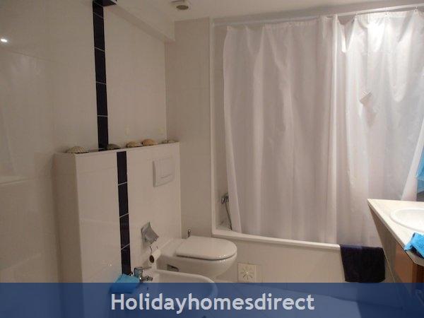 Holiday Apartment Cabanas Algarve Portugal: Image 7