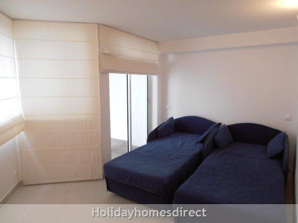 Holiday Apartment Cabanas Algarve Portugal: Image 9