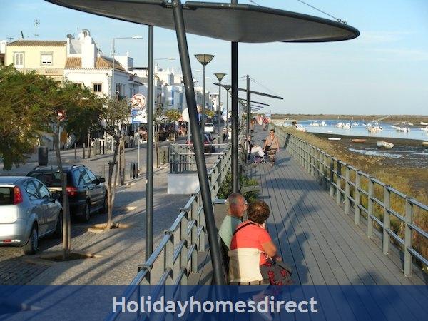 Holiday Apartment Cabanas Algarve Portugal: Image 5