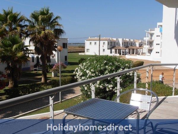 Holiday Apartment Cabanas Algarve Portugal: Image 2