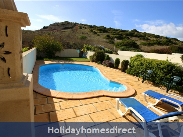 Domusiberica Villa 3. Burgau.  With 3 Bedrooms.. Private Pool, Sea View And Walk To The Beach.: Image 4