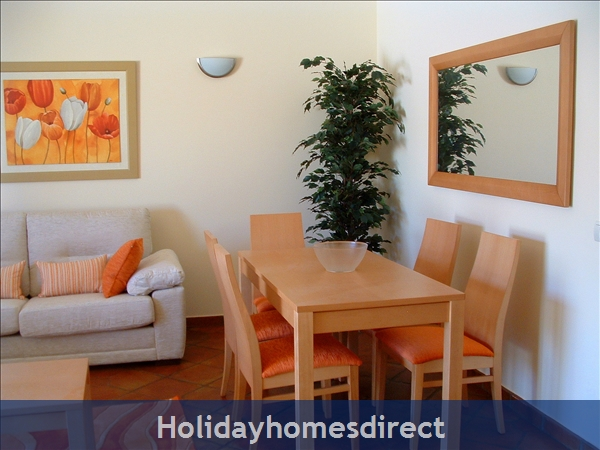 Domusiberica Villa 3. Burgau.  With 3 Bedrooms.. Private Pool, Sea View And Walk To The Beach.: Image 6