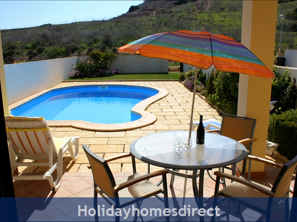 Domusiberica Villa 3. Burgau.  With 3 Bedrooms.. Private Pool, Sea View And Walk To The Beach.: Quiet pool area away from the road.