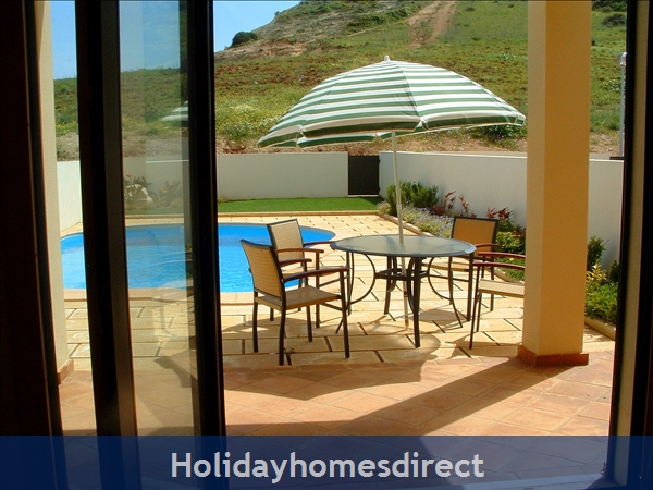 Domusiberica Villa 3. Burgau.  With 3 Bedrooms.. Private Pool, Sea View And Walk To The Beach.: Image 5