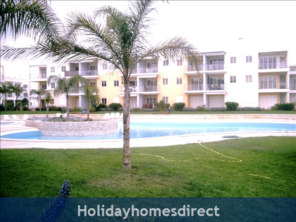 Beach area, Alvor, Algarve West beautiful Apartment in Alvor