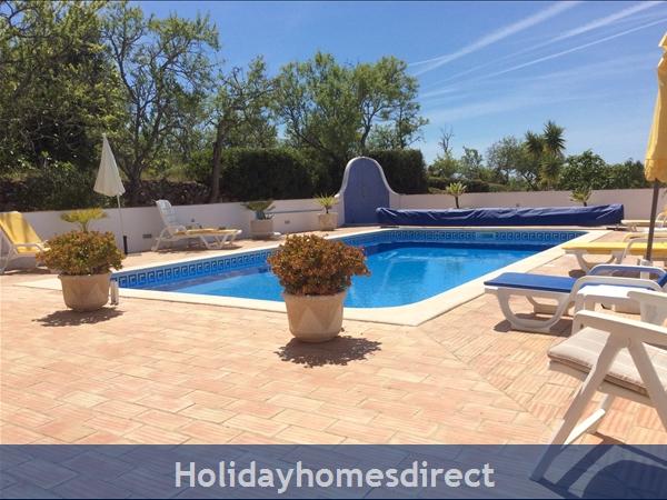 Villa Cara Mia: Pool Terrace Area
