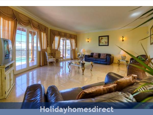 Villa Ariana indoor sitting room in Lanzarote