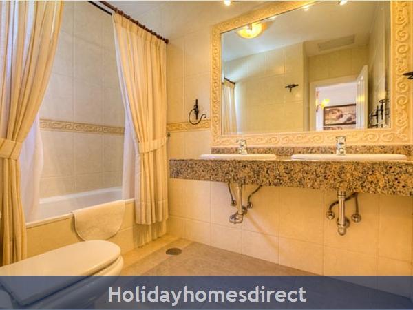 Villa Ariana bathroom in Lanzarote