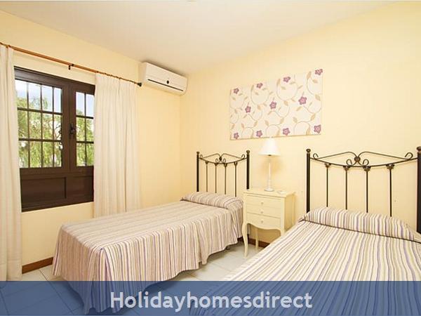 Villa Corona spare bedroom in Lanzarote