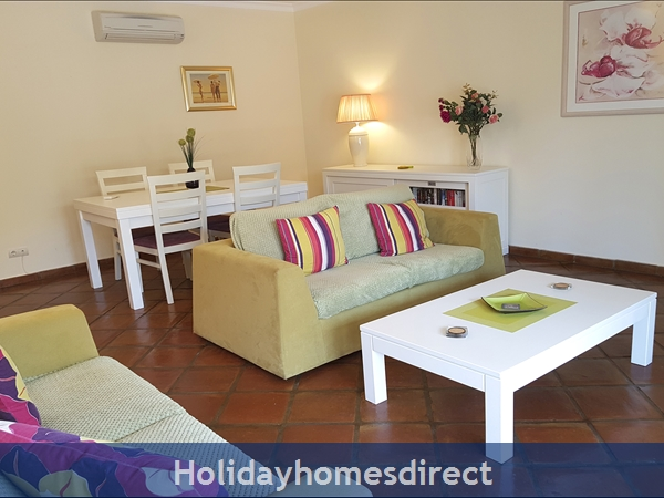 Domusiberica Apartment Fd.. In Burgau Village Walk To Everywhere Including The Beach.: Gorgeous Spacious Living Room
