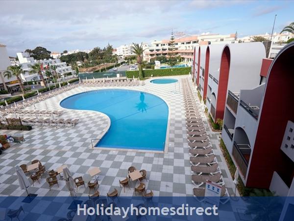 Aura Praia Hotel 1 week in 2 bed apartment Albufeira 11-18th August 2018