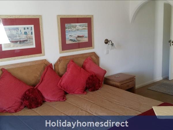 Alto Golf And Country Club, Alvor. Alto Club - Beautiful 2 Bedroom Apartment: Image 3