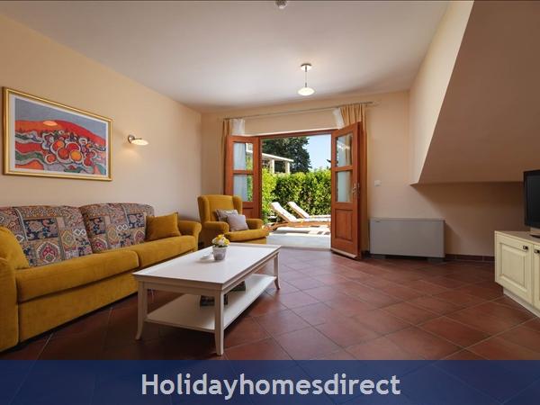 Villa Liza, Hvar – 3 Bedroom Villa With Pool: Image 6