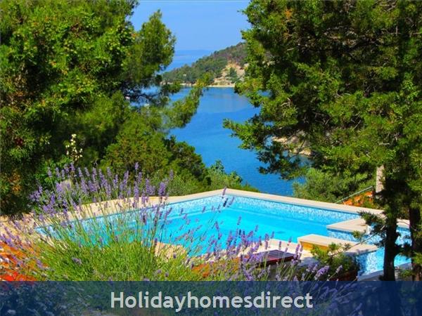 2 Bedroom Seaside Villa With Pool On Brac Island, (bc011): Image 5
