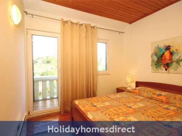 2 Bedroom Seaside Villa With Pool On Brac Island, (bc011): Image 6